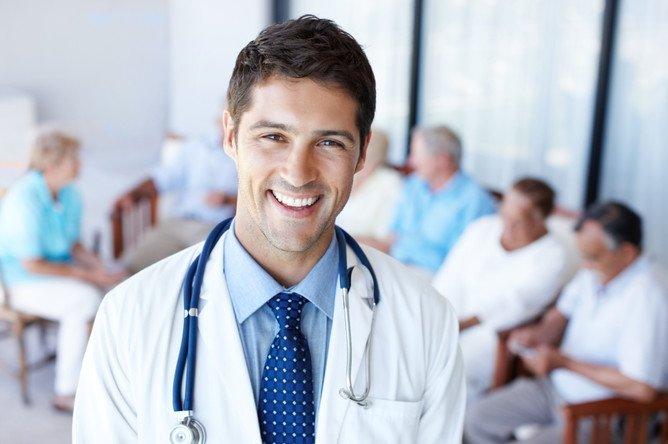 База контактов врачей