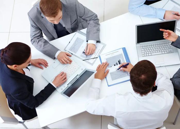 Работа финансовых консультантов